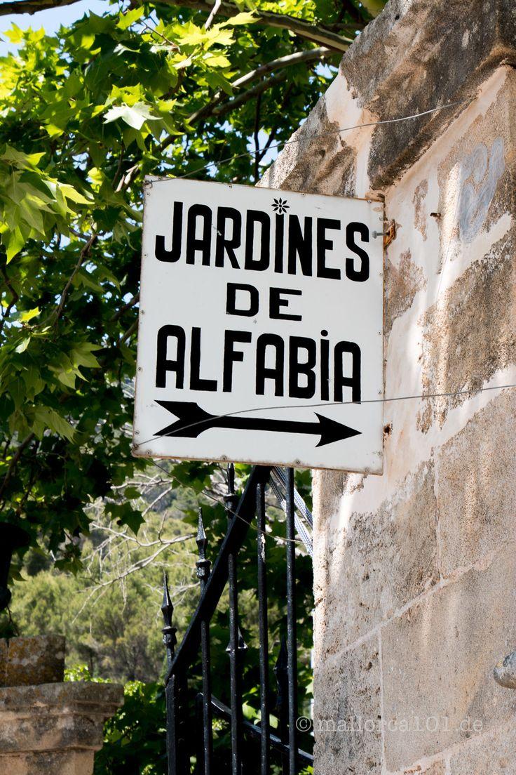 Eingang zu den Jardines de Alfabia, Mallorca