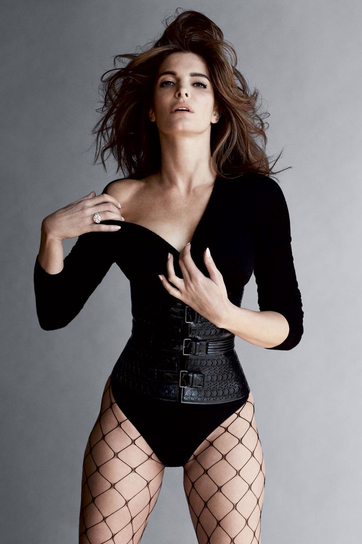 Stephanie Seymour wears La Perla fishnets in Carine ...