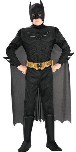Een compleet luxe batman kostuum voor kinderen. Dit batman kostuum bestaat uit een pak met masker, cape, schoenhoezen en riem. Het kostuum valt ruim. Ideaal voor elk verkleed feestje! Dit kostuum valt erg ruim. Carnavalskleding 2015 #carnaval