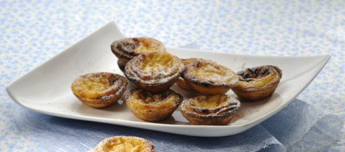 Receita de Pastéis de nata. Descubra como cozinhar Pastéis de nata de maneira prática e deliciosa com a Teleculinaria!