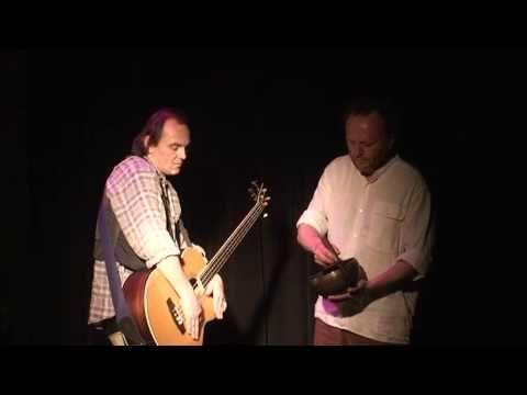Improvizované představení Malá Vizita - 25. 1. 2011 - Jaroslav Dušek a Pjér la Šé'z - YouTube