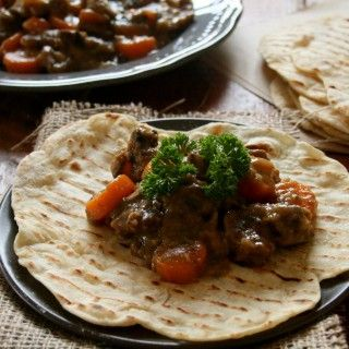 Tasty Moroccan beef with spiced flatbreads served up by #freshlyblogged contestant Teresa Ulyate #recipe #picknpay