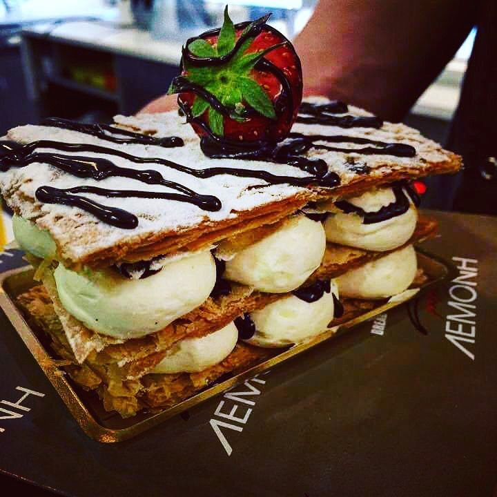 Dessert o'clock! Find a Lemonis bakery store and grab a fresh, crunchy mille-feuille with velvety creme patissiere