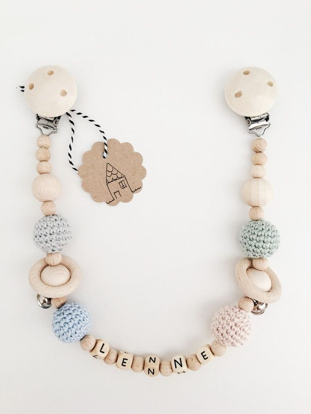 Stroller chain, wood necklace with Name – Tamara