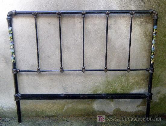 Camas de metal antiguas cama antigua with camas de metal - Cabeceros de cama antiguos ...