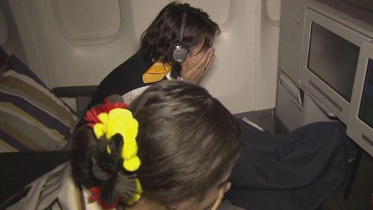 Halbfinale über den Wolken: Flugpassagiere leiden zusammen mit der DFB-Elf