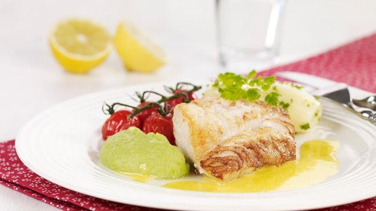 Oppskrift på stekt torsk med ertepuré og sitronsmør, foto: TINE
