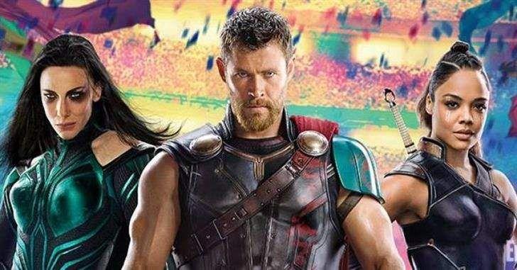 Muitos fãs ficaram surpresos em ver Chris Hemsworth sem seu cabelo longo de sempre nas primeiras imagens de Thor: Ragnarok. O cabelo fazia parte da identidade do personagem, sendo um tipo de marca do mesmo. Como tudo nos filmes da Marvel Studios, esse corte de cabelo tem um propósito narrativo. Ou pelo menos é o …