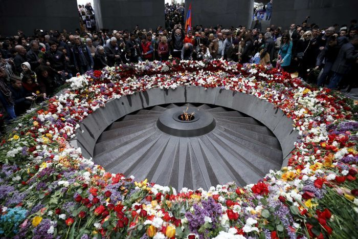 Audio: Armenian Australians commemorate 100th anniversary of the Armenian genocide (PM) In the capital Yerevan, Armenian president Serzh Sarkisian and first lady Rita Sarkisian laid a wreath at a ... http://winstonclose.me/2015/04/25/armenians-mark-100-years-since-ottoman-massacres-vladimir-putin-says-no-justification-for-mass-murder-written-by-sarah-sedghi/