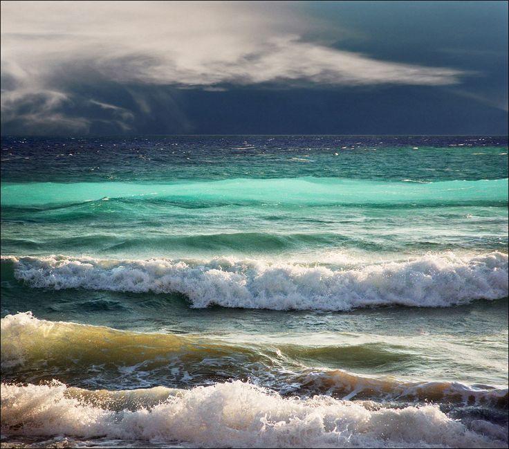https://flic.kr/p/LJyqXS   blue waves