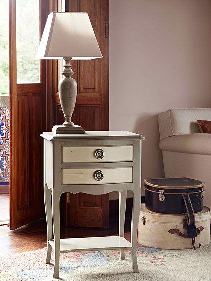 Mesa Vintage Auxiliar Lisses Material: Madera de Cerezo Existe la posibilidad de realizar el mueble en diferente color de acabado, ver imagen de galeria.Auxiliar,Lisses,Mesa,Vintage... Eur:789 / $1049.37