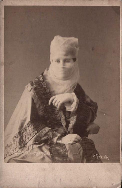 sugarmeows:  CDV of a Turkish lady (1880s) – Pascal Sébah (1823–86)