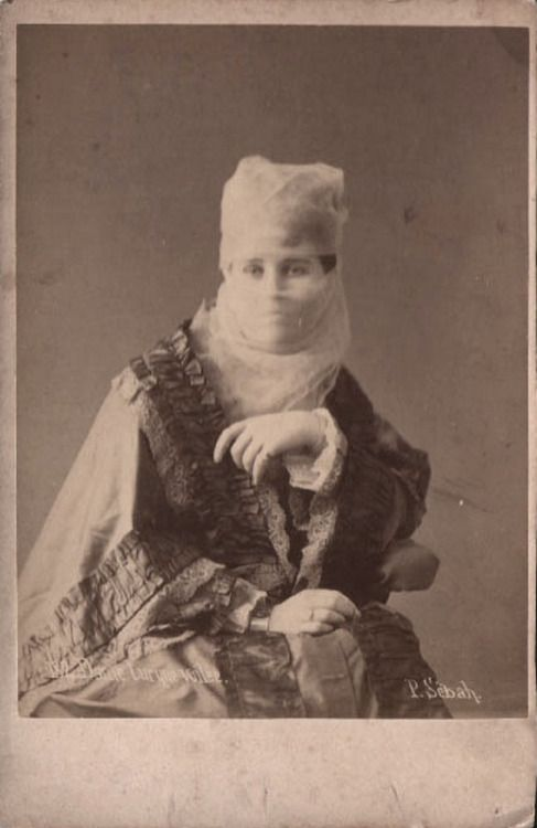 sugarmeows:  CDV of a Turkish lady (1880s) – Pascal Sébah (1823–86)