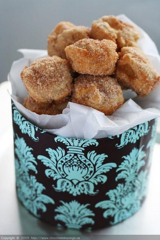Oven-baked Cinnamon Apple Donut Holes