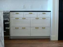 Image Result For Drawer Pull Placement On Shaker Style Drawers