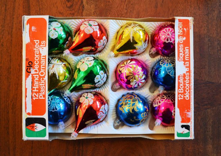 Vintage Christmas Ornaments, Set of 12 in box - Plastic with glittered teardrop and ball styles circa 1970s by Trashtiques on Etsy https://www.etsy.com/ca/listing/491211787/vintage-christmas-ornaments-set-of-12-in