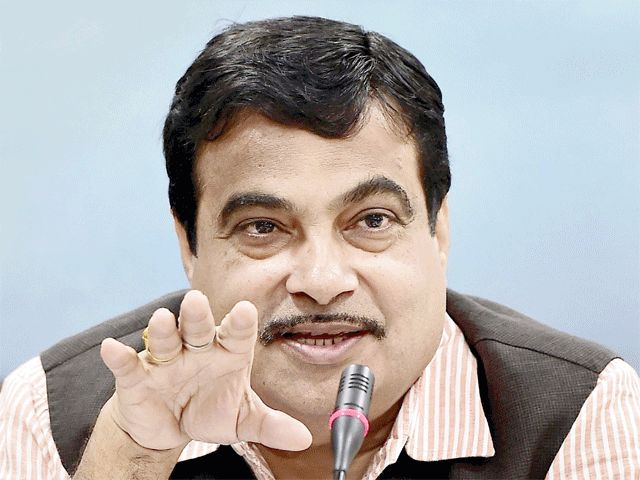 Nitin Gadkari wants cars to run on biofuels to reduce oil bill load The ministers exhortation comes a day after the GST Council recommended reducing the producer levy on biofuels to 12% from 18%. http://ift.tt/2Dybs1T