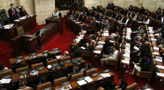 Senadores a los que les descontaron el salario, Nación - Semana.com