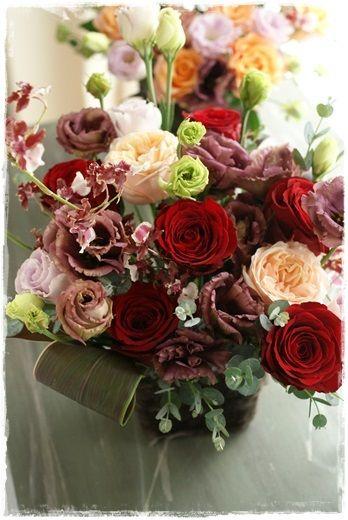 『【今日の贈花】お花達のパーティー』 http://ameblo.jp/flower-note/entry-11655787141.html
