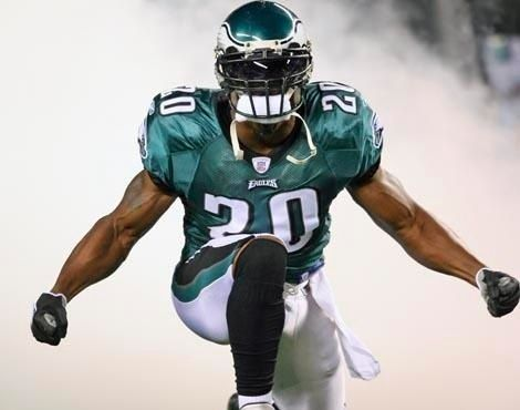 Philadelphia Eagles Football People know I'm not an Eagles fan, but Dawkins was always a beast and this photo personifies the intensity of the Eagles organization and a great player no offensive guy wanted to see coming at them...because no one wants that much pain.