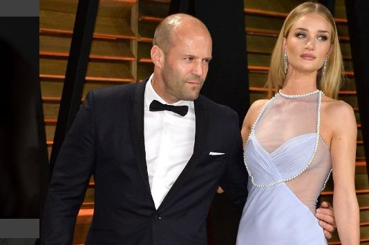 Rosie Huntington- Whiteley y Jason Statham ya son papás