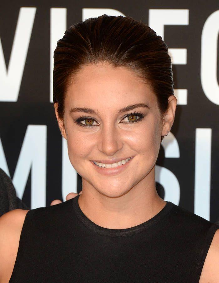 Un plaqué de sirène - Cheveux courts sur tapis rouge : Shailene Woodley a tout…