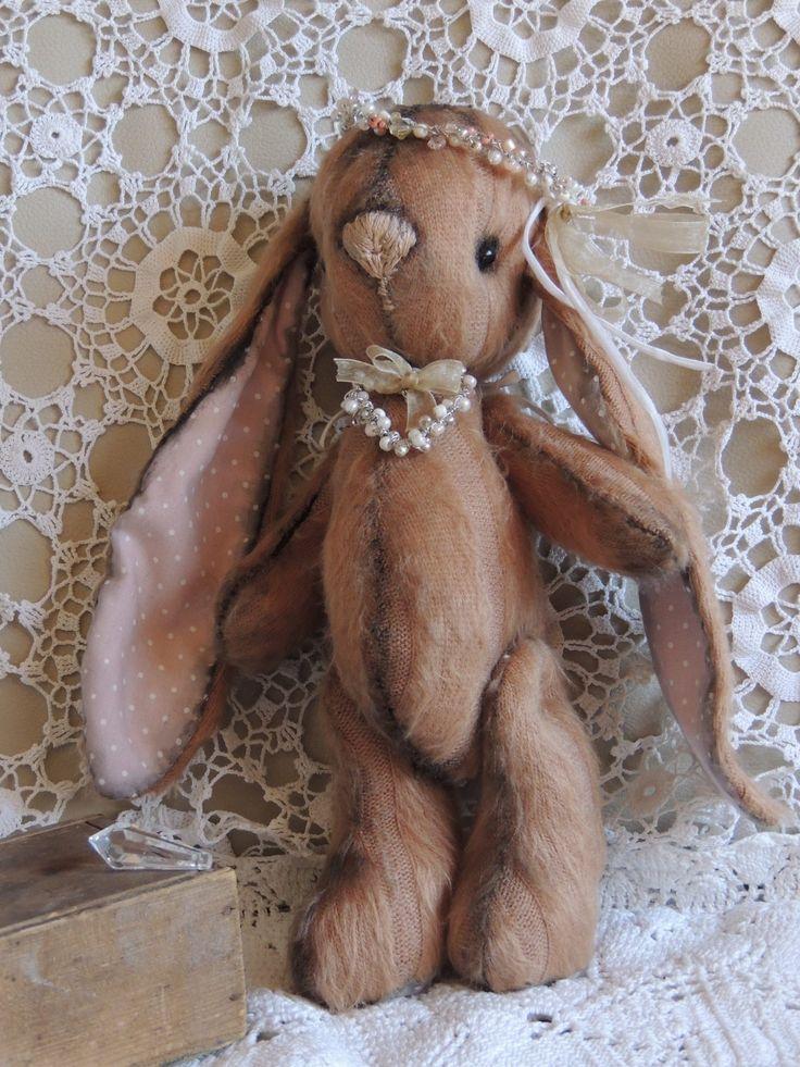https://www.facebook.com/LoVarrDa?ref=hl - Bunny