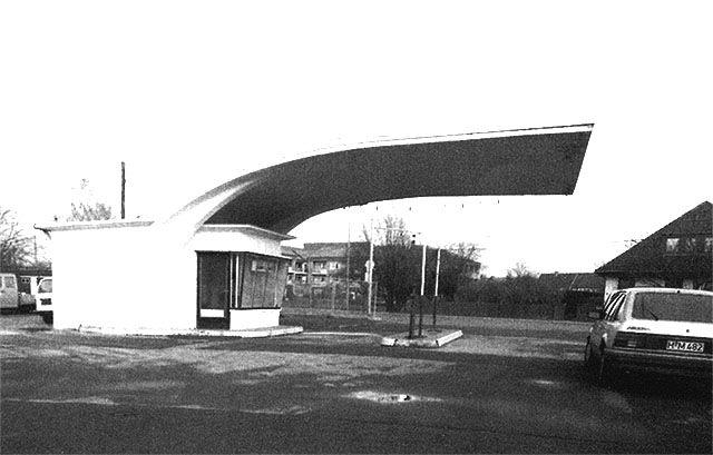 https://www.baufachinformation.de/denkmalpflege/Ein-Baudenkmal-der-50er-Jahre-die-ehemalige-CALTEX-Tankstelle-in-Hannover-Badenstedt/1999057108391