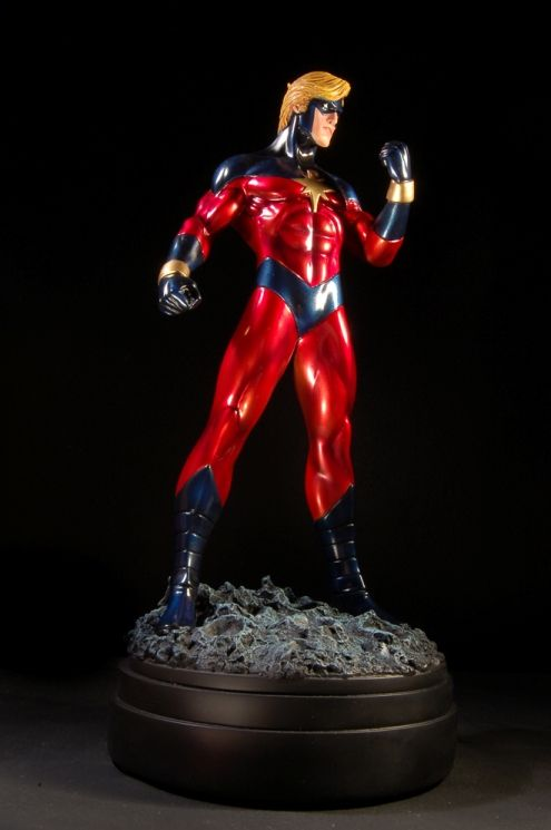 Captain Marvel 70's statue  Sculpted by: The Kucharek brothers    Release Date: February 2007  Edition Size: 1000  Order Of Release: Phase III (statue #81)
