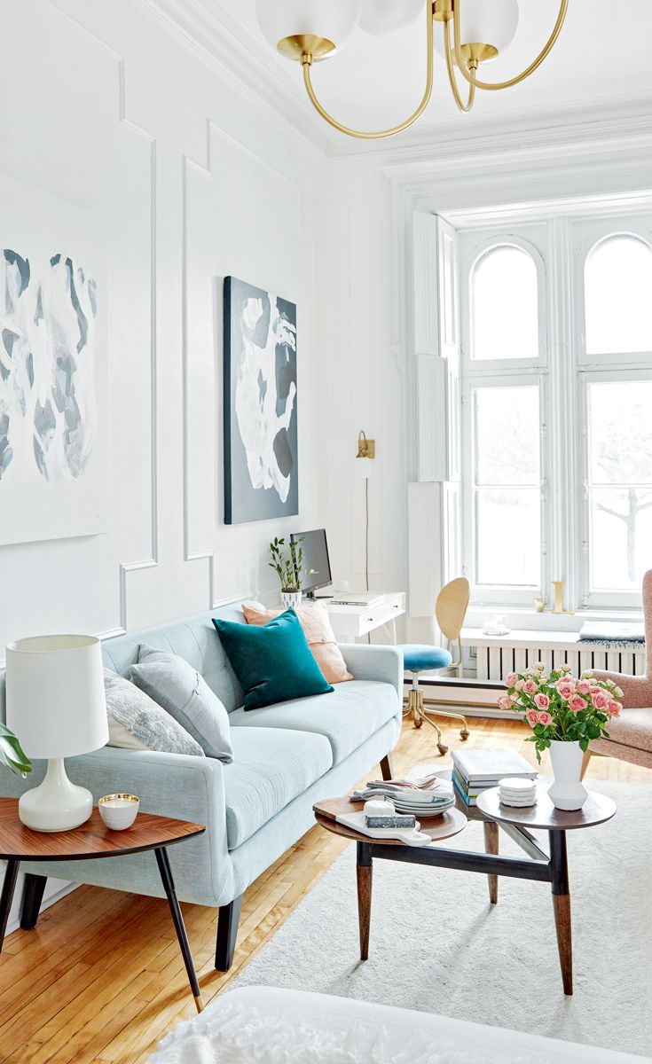 An Artsy Montreal Apartment With French Charm In 2019 Gathering Es Paris Decor Chic