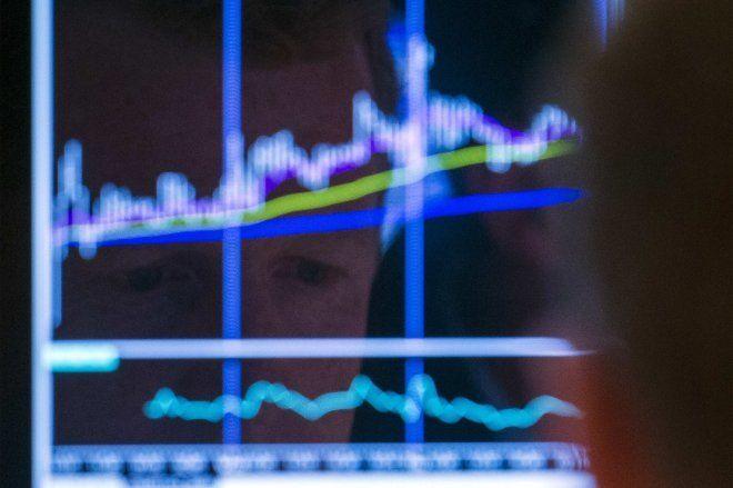 Bovespa sobe e ações da Cesp atingem alta de quase 11% com sinal de privatização - http://po.st/CHmyQL  #Bolsa-de-Valores - #Cesp, #Petróleo, #Valorização