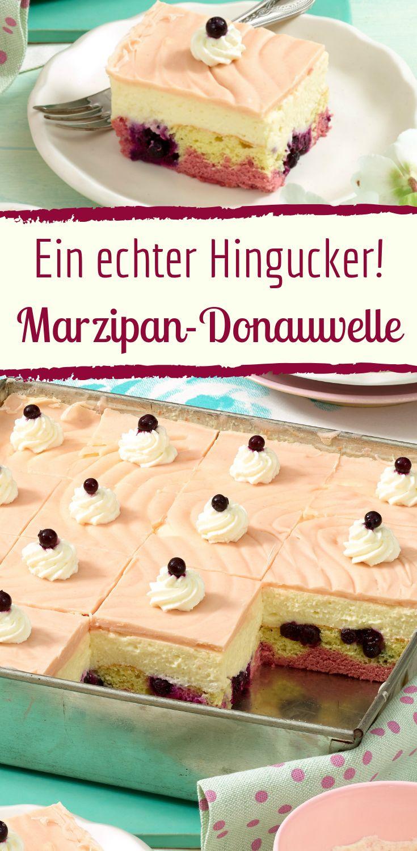 Diese fruchtige Marzipan-Donauwelle wird Ihre Gäste begeistern   – Kuchen