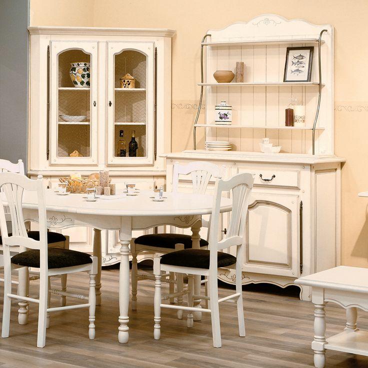 Scaunul Vence este realizat din lemn masiv de plop, în stil romantic. Acesta este aspectuos și confortabil, ideal pentru zona de dining sau bucătărie.