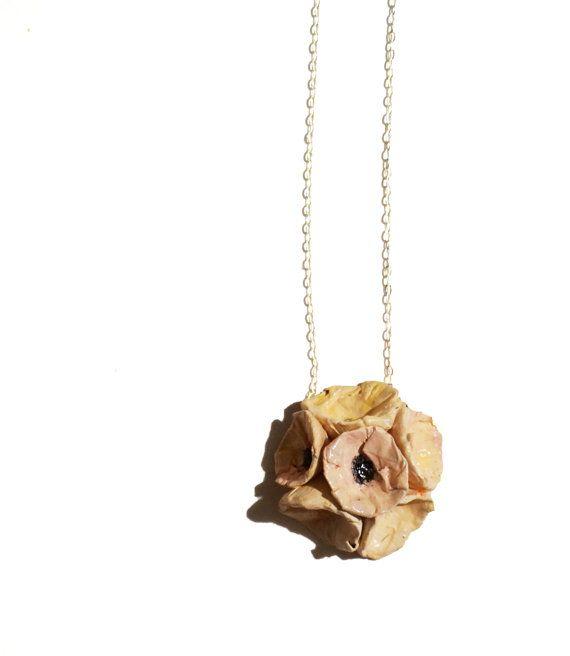 Collana con fiori rosa fatti a mano in cartapesta, catenina in argento 925, gioielli effetto ceramica, elegante e piccolo, spedizione GRATIS