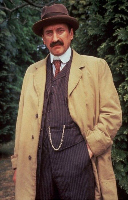 Philip Jackson as Inspecter Japp   Hercule Poirot.  We saw him today, relaxing at a Historical Re-enactment - wearing a raincoat!