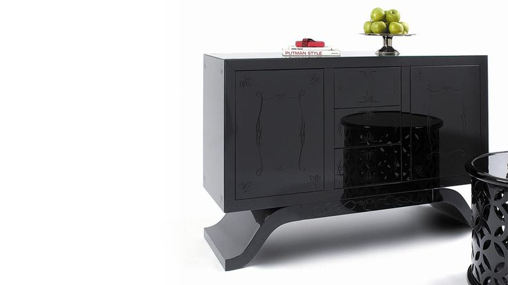 the 25 best ideas about sideboard schwarz hochglanz on. Black Bedroom Furniture Sets. Home Design Ideas