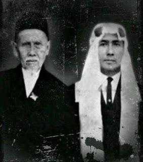 Dokumen Pemuda TQN Suryalaya News: BACAAN TAWASSUL dan TAHLIL/KHAUL (ZIARAH KUBUR) TQN SURYALAYA