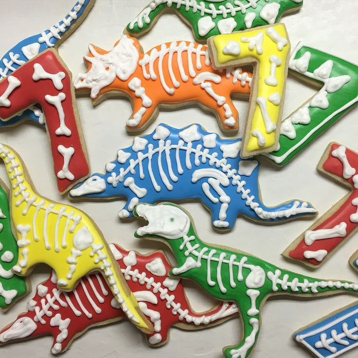 Dinosaur Cookies for a 7th Birthday