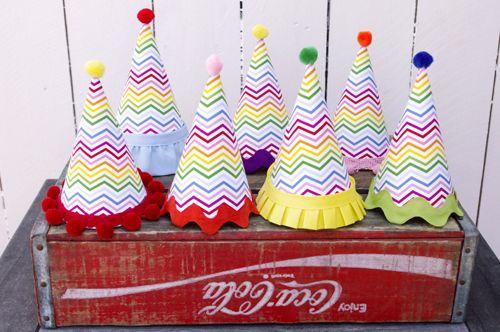 DIY Party Hat Tutorial - #DIY #partydecor #kidspartyChevron Parties, Parties Hats, Diy Parties, Birthday Parties, Party Hats, Birthday Hats, Rainbows Chevron, Parties Ideas, Paper Hats
