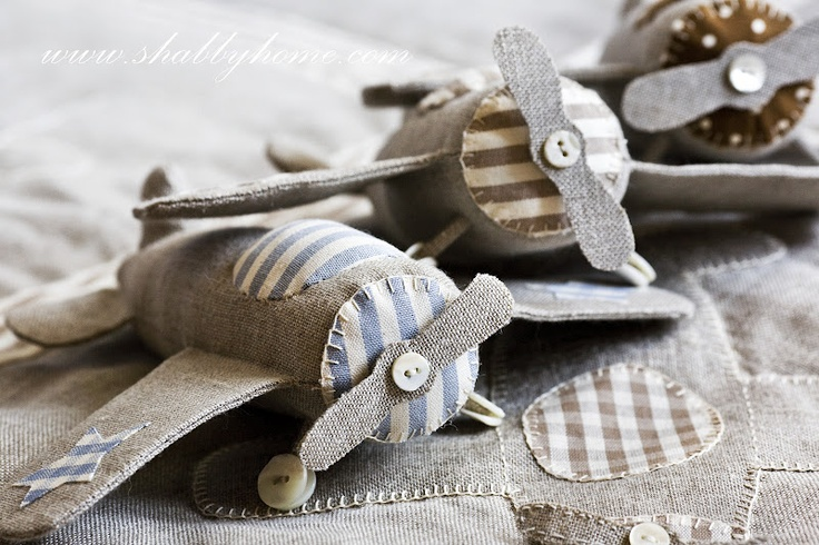 "Shabby Home: Where is flying my plane?  CUTE fabric airplane from Francesca Ogliari  You can find the pattern and instructions in   Shabby Home ""Il canto del mare"" (The song of the sea)  Italian language"