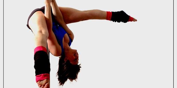 Pole Dance Class for Beginner s