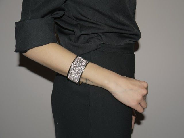#dyrbergkern #bracelet #just_angelina See the whole outfit: http://www.just-angelina.com/2014/01/new-years-eve-total-black-outfit-and-dyrberg-kern-brilla-bracelet.html