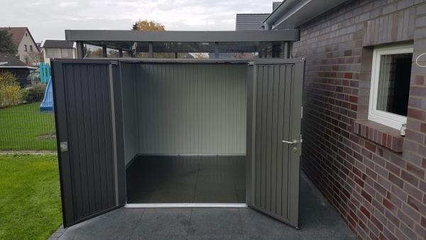 Biohort Highline Hier Der Metall Gerateschuppen Mit Doppeltur Metallgeratehaus Haus Gerateschuppen