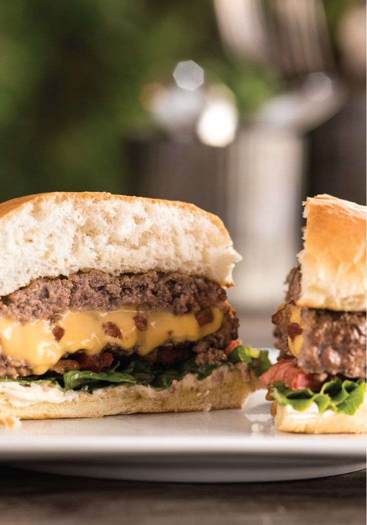 Inside-Out Bacon Cheeseburgers – Some burgers are all about the toppings. This one celebrates the inside: crisp bacon, melted cheese and delicious juiciness. For more midweek get-together recipes: https://kraft.promo.eprize.com/summer/hub?occasion=midweek_meetup