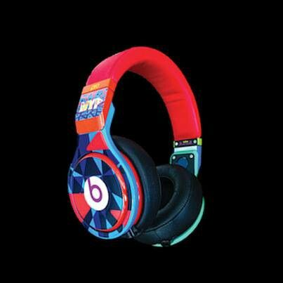 We are giving away free beats by dr. dre for short  time www.43coupons.com...