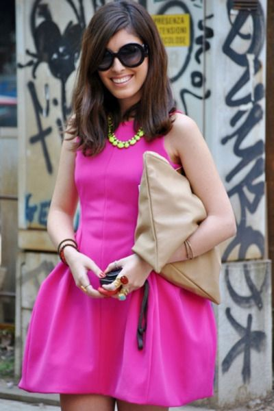 fantastic pink dress!: Hot Pink Dresses, Neon Necklaces, Bright Pink, Clutches, Prada Sunglasses, The Dresses, Neon Pink, Neon Yellow, Street Chic