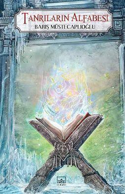 Perg Efsanesi 4.kitabı Farklı kimliklere bürünmüş eski dostlar, asırlık gizemler, katledilmiş tanrılar, buzla kaplı ovalar, görkemli meydan savaşları ve düşmanını ararken kendini bulanlar... Tanrıların Alfabesi, her sonun yeni bir başlangıç olduğu Perg\'de, unutulmaz bir son durak.