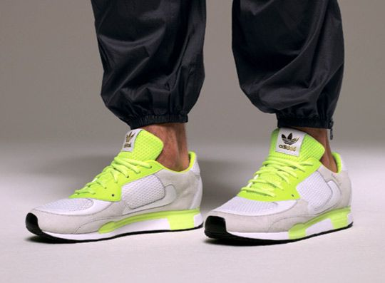 David Beckham and James Bond collab on 80s adidas runner he ZX 800 DB for Spring/Summer 2012