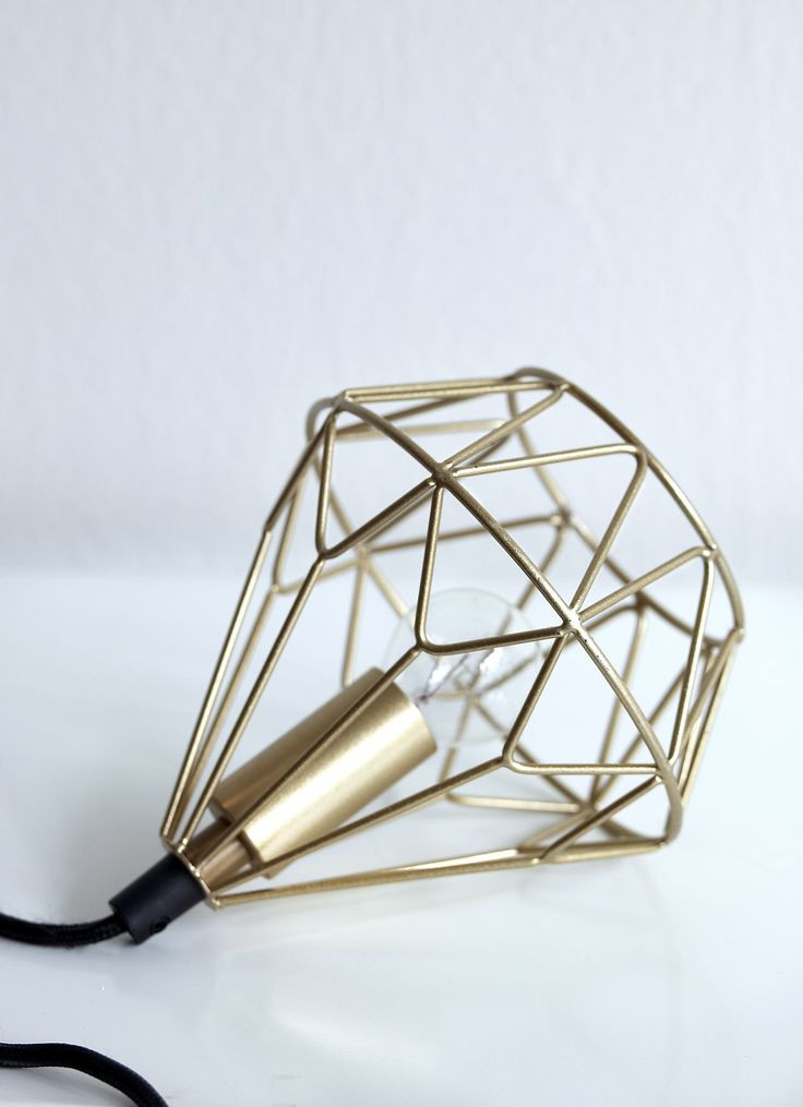 Taklampa/Fönsterlampa #elloshome #lampa