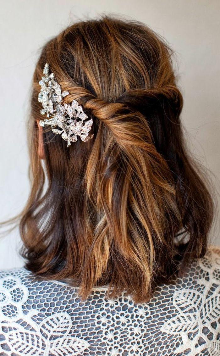 Accessoirisez bien vos cheveux en couleur caramel